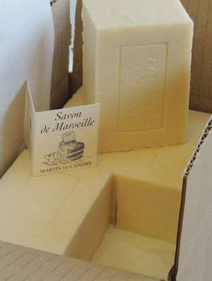 Marseille, Ménage box of 12x300g - All-purpose soap